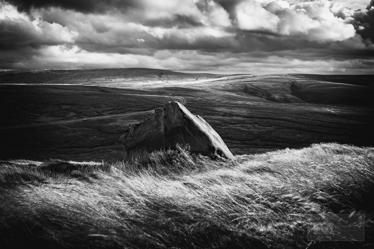 peak district in black and white storm wessenden