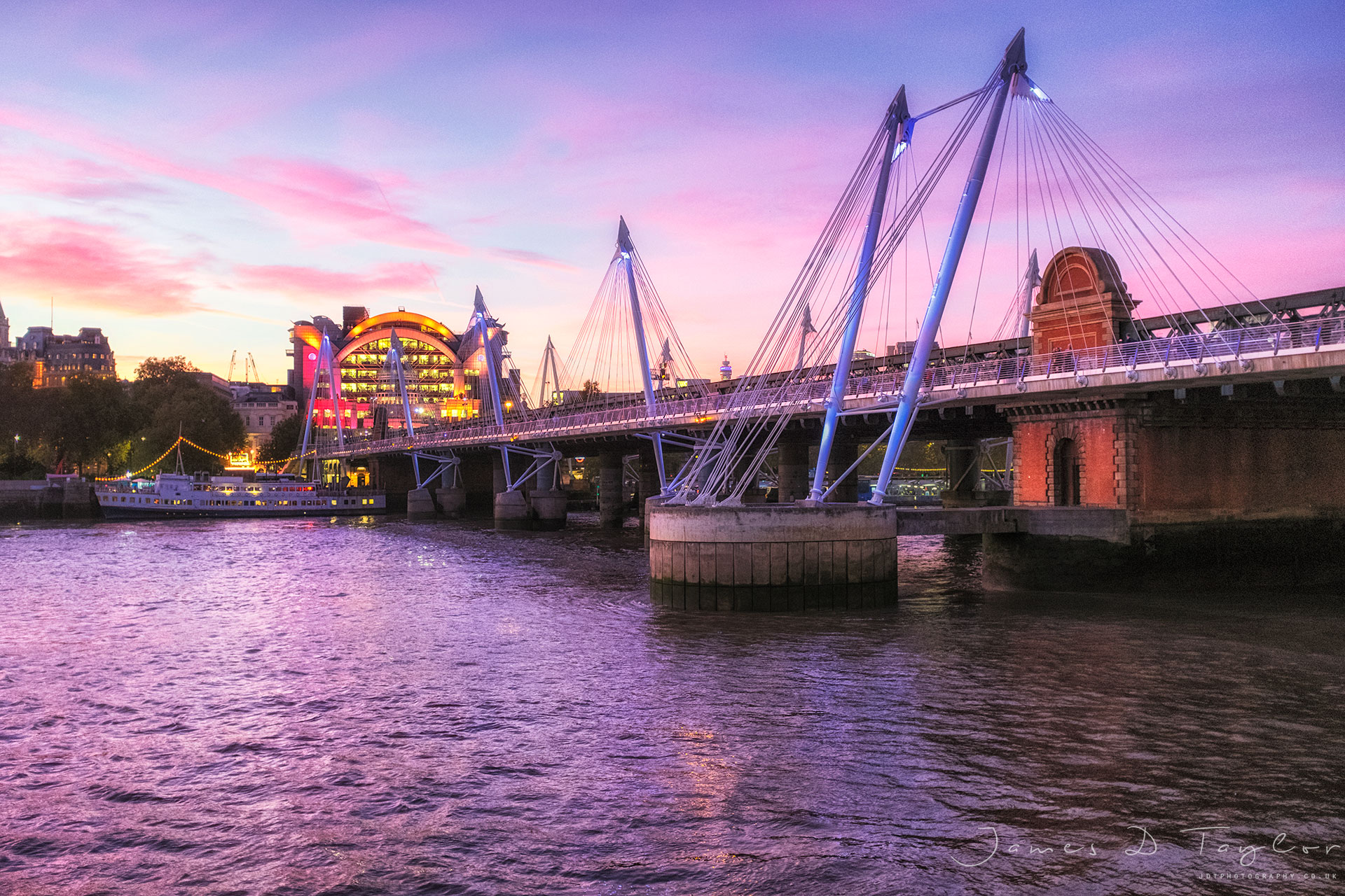 charing_cross_bridge_dusk_fujix100f